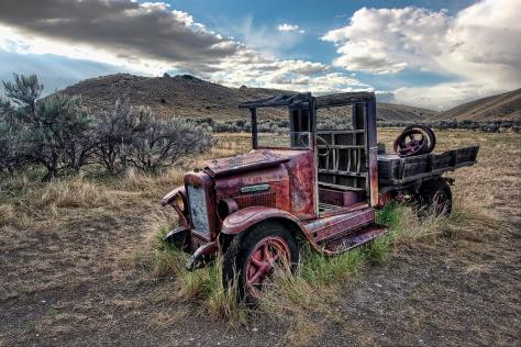 ghost town International truck